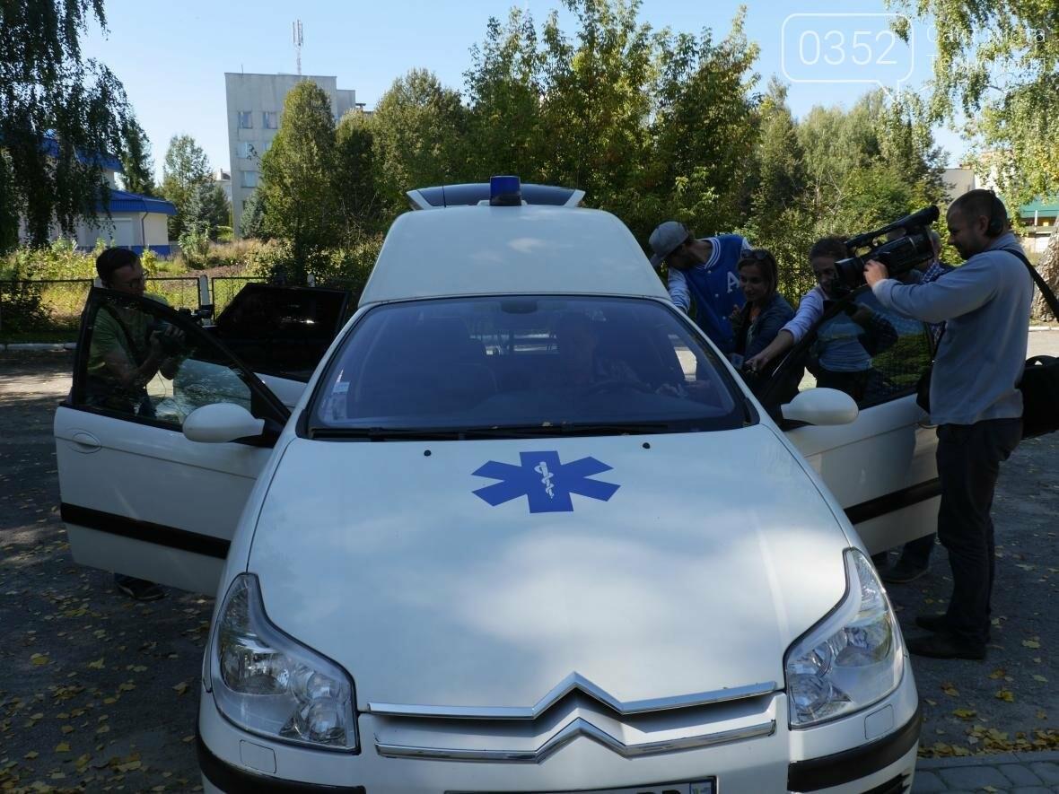 """""""МРІЯ"""" придбала автомобіль швидкої допомоги для Шумської центральної районної лікарні, фото-4"""
