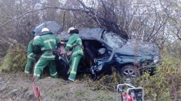 Внаслідок ДТП на Тернопільщині рятувальники вирізали пасажирів із автівки (фото), фото-4