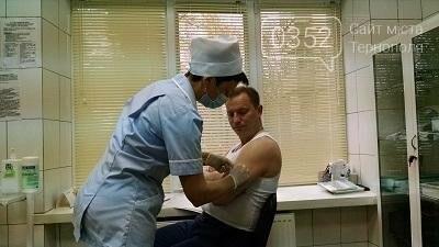 Степан Барна вирішив особисто популяризувати вакцинацію від грипу (Фото) , фото-3