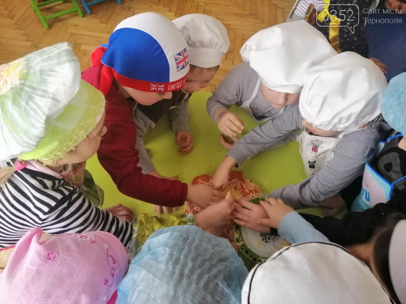У дитсадочку на Тернопільщині дошкільнят креативно навчають  самостійності (ФОТО), фото-3