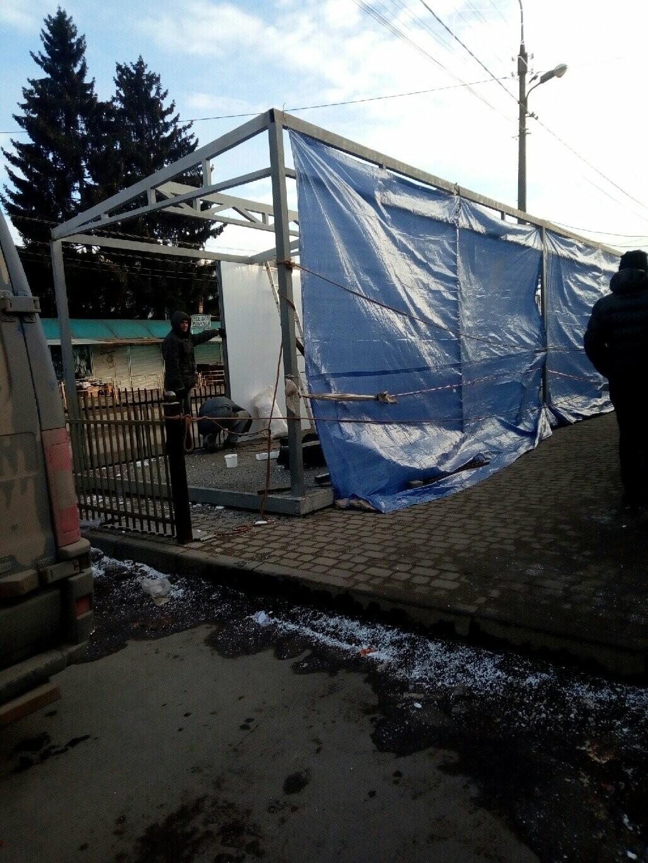 Вулицю Шептицького у Тернополі повністю забудували торговими будками (ФОТОФАКТ), фото-2