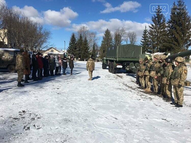 Школярі дізнавались, як живуть артилеристи на Тернопільщині (фото), фото-2