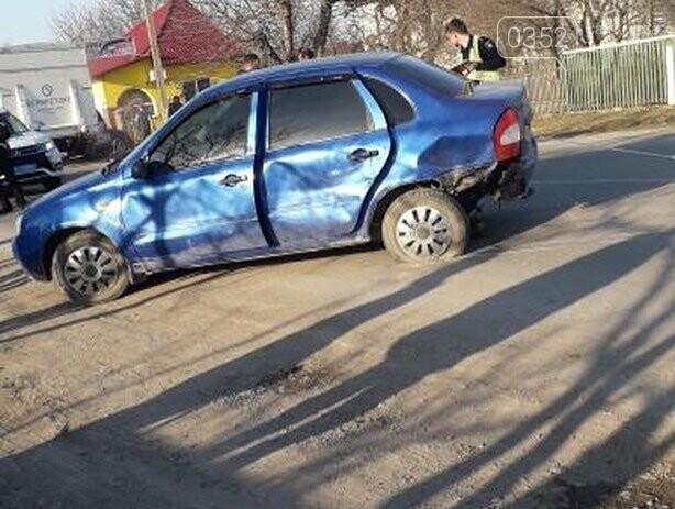 На Тернопільщині зіткнулись  мотоцикліст та автівка, повідомляють про важко травмовану пасажирку (ФОТО), фото-3