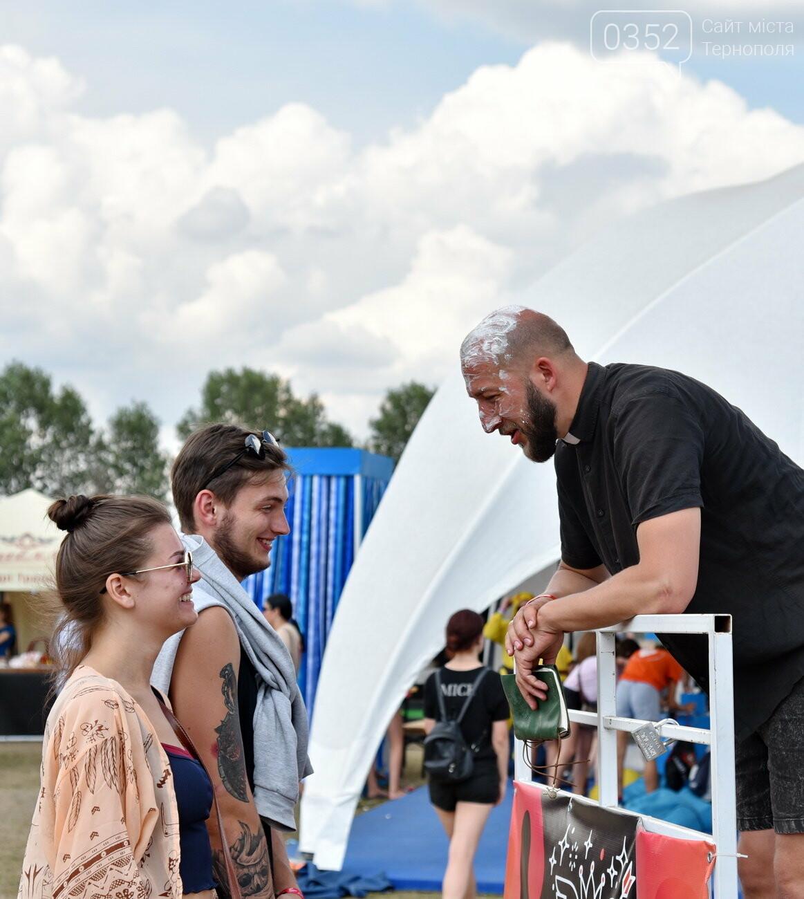 """Драйв і безтурботність: що робиться на фестивалі """"Файне місто"""" (масштабний фоторепортаж), фото-15"""