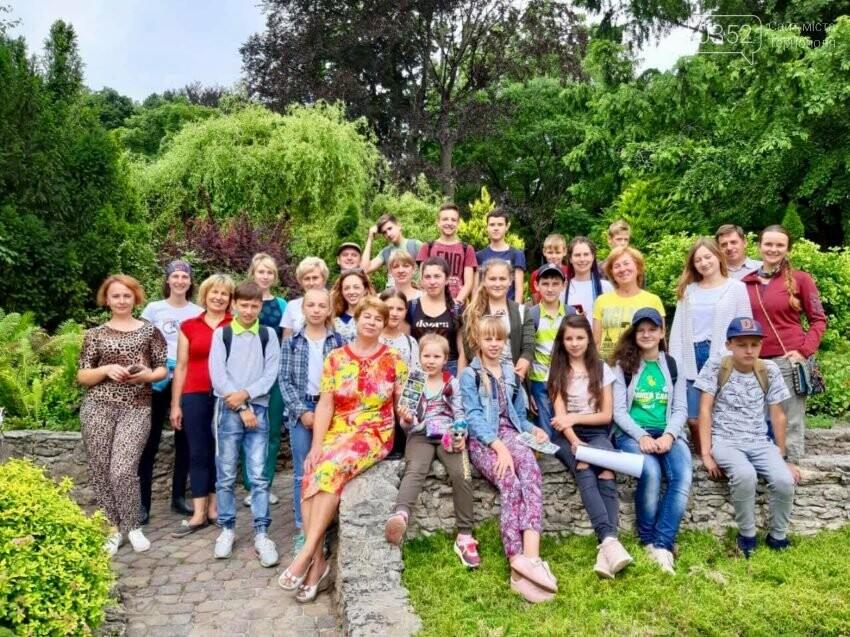 На Тернопільщині для молоді організували екотабір з африканськими равликами (фото), фото-1
