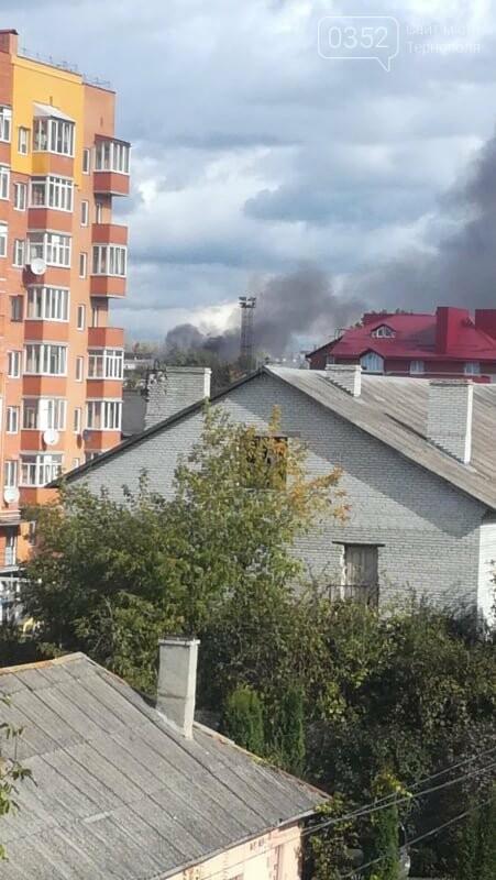 У Тернополі велика пожежа на одному з мікрорайонів, клуби диму видно з усіх точок міста (ФОТО, ВІДЕО) , фото-1