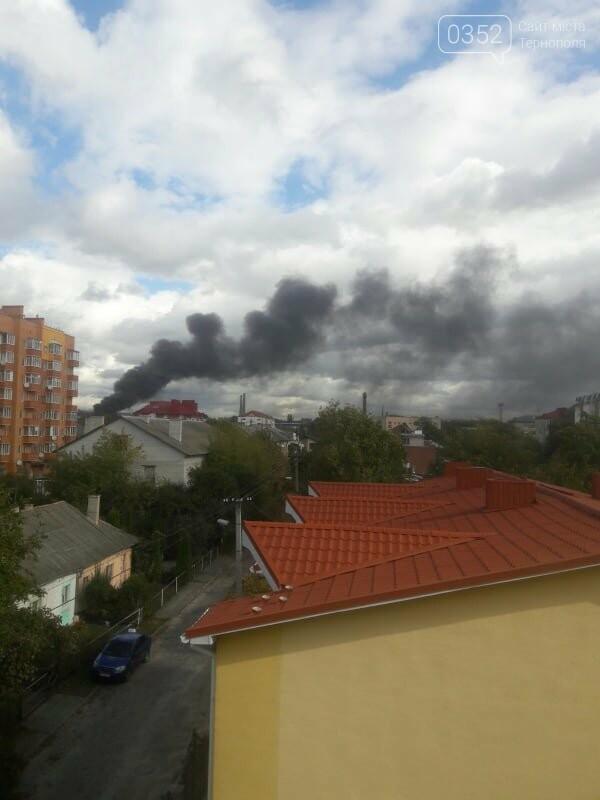 У Тернополі велика пожежа на одному з мікрорайонів, клуби диму видно з усіх точок міста (ФОТО, ВІДЕО) , фото-3