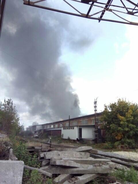 У Тернополі велика пожежа на одному з мікрорайонів, клуби диму видно з усіх точок міста (ФОТО, ВІДЕО) , фото-4