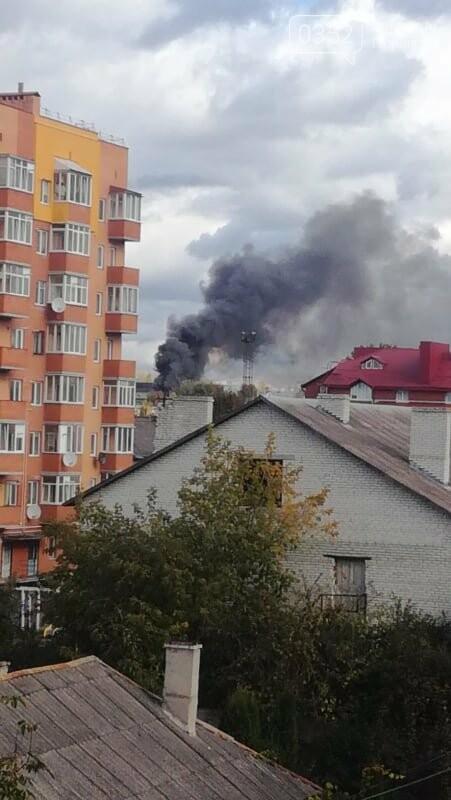 У Тернополі велика пожежа на одному з мікрорайонів, клуби диму видно з усіх точок міста (ФОТО, ВІДЕО) , фото-2