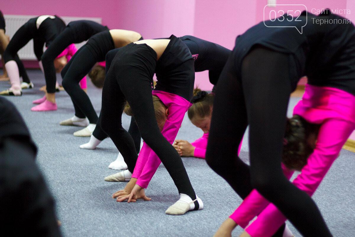 У Тернополі відкрили сучасну школу художньої гімнастики «Принцеса», фото-11