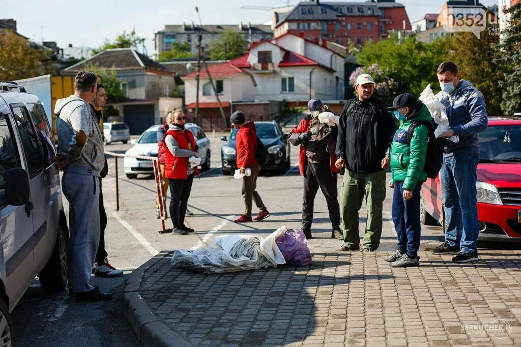 Тернополяни організували толоку навколо Ставу (ФОТО), фото-1