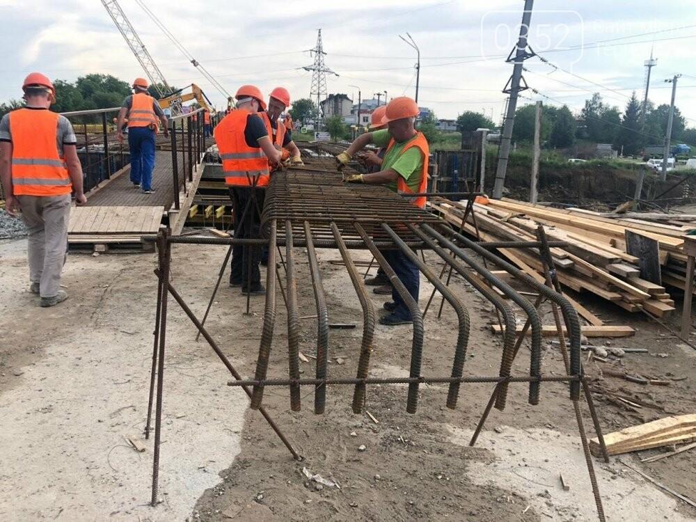 На Гаївському шляхопроводі у Тернополі робочі працюють у дві зміни (ФОТО), фото-6