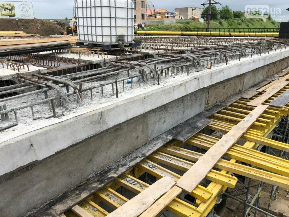 На Гаївському шляхопроводі у Тернополі робочі працюють у дві зміни (ФОТО), фото-7