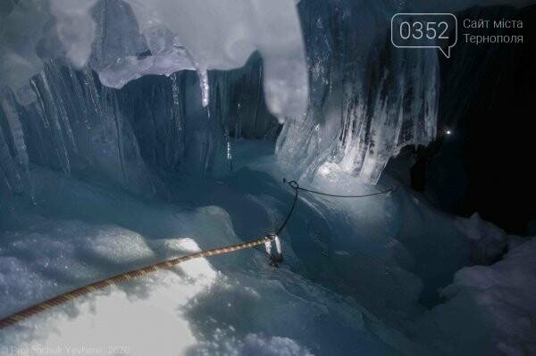 Неймовірні фото льодової печери в Антарктиді показали українські полярники (ФОТО), фото-4