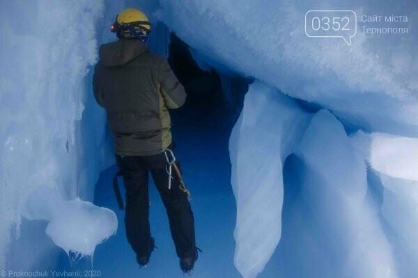 Неймовірні фото льодової печери в Антарктиді показали українські полярники (ФОТО), фото-3