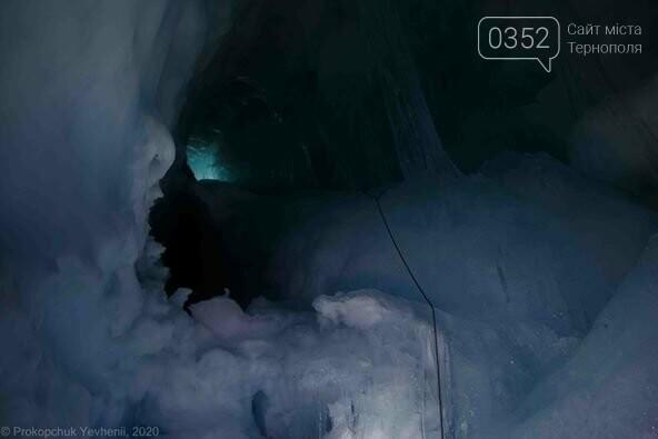 Неймовірні фото льодової печери в Антарктиді показали українські полярники (ФОТО), фото-8