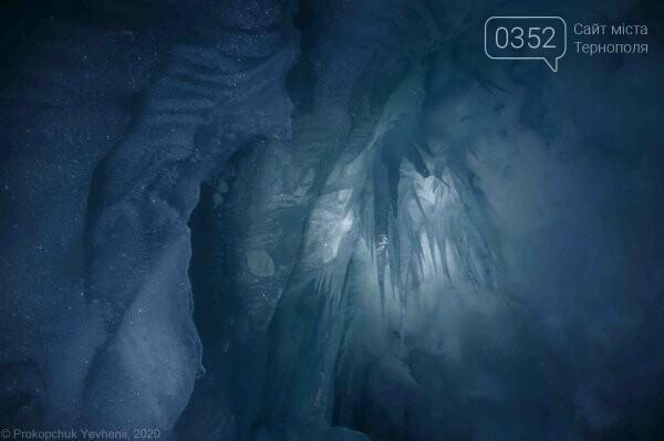 Неймовірні фото льодової печери в Антарктиді показали українські полярники (ФОТО), фото-6