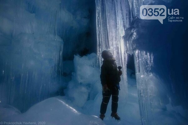 Неймовірні фото льодової печери в Антарктиді показали українські полярники (ФОТО), фото-7