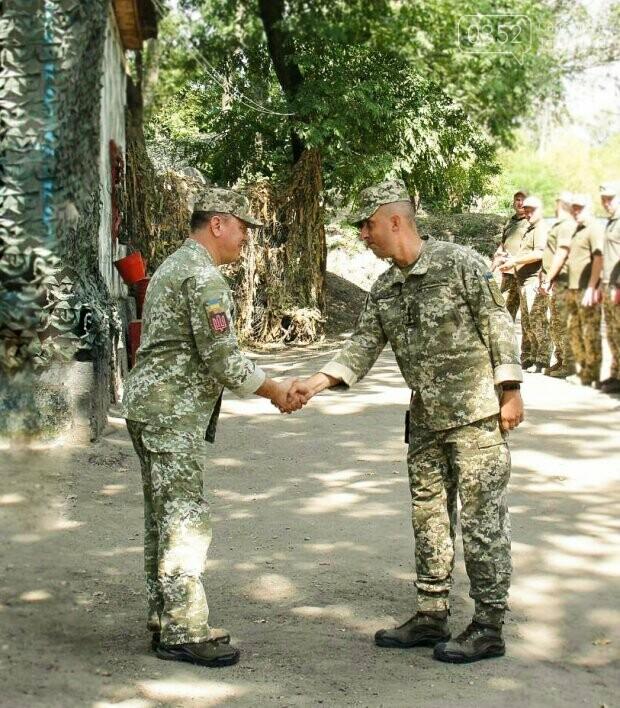 Військовим з Тернополя вручили нагороди в зоні ООС (ФОТО), фото-2
