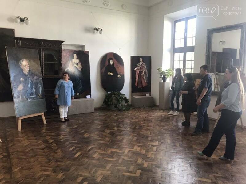У Вишнівецькому палаці на Тернопільщині відкрили експозицію портретів його засновників (ФОТО), фото-2