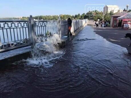 На набережній прорвало знаменитий аераційний фонтан (ФОТО), фото-2