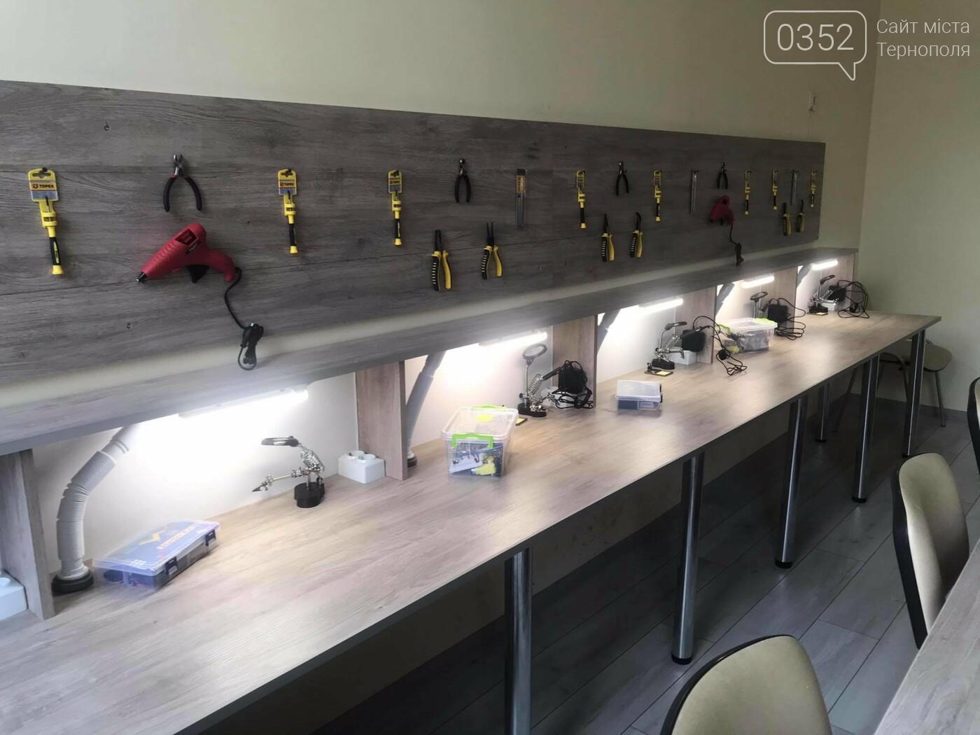 Сучасну студію робототехніки відкрили у Підволочиську за сприяння «Контінентал Фармерз Груп» , фото-7