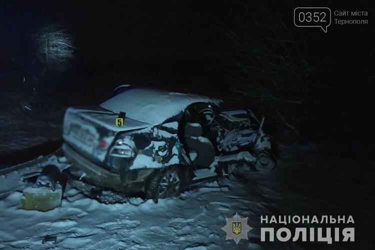 """""""Ланос"""" зіткнувся із вантажівкою: смертельна аварія на Тернопільщині (ФОТО), фото-1"""
