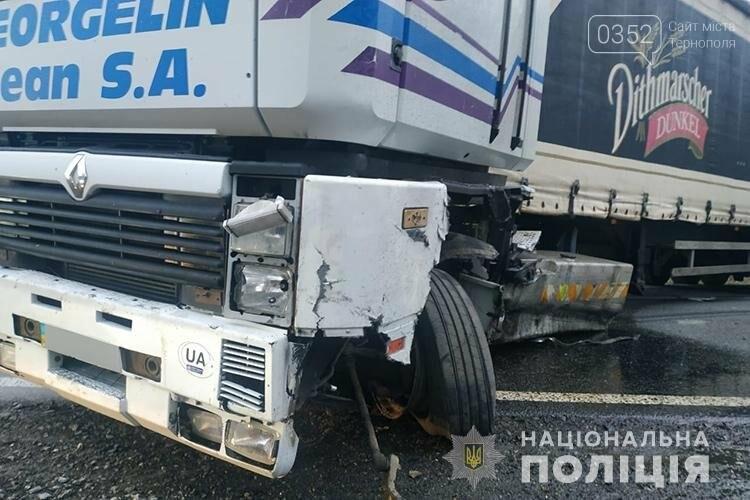 Внаслідок зіткнення вантажівки і легкового автомобіля на Тернопільщині загинула людина (ФОТО), фото-1