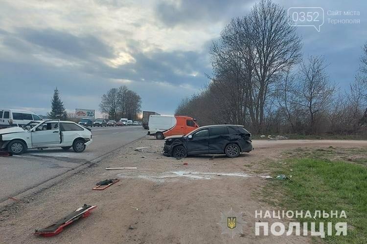 Травмувалась неповнолітня дівчина: чотири автомобілі зіткнулися на Тернопільщині (ФОТО), фото-3