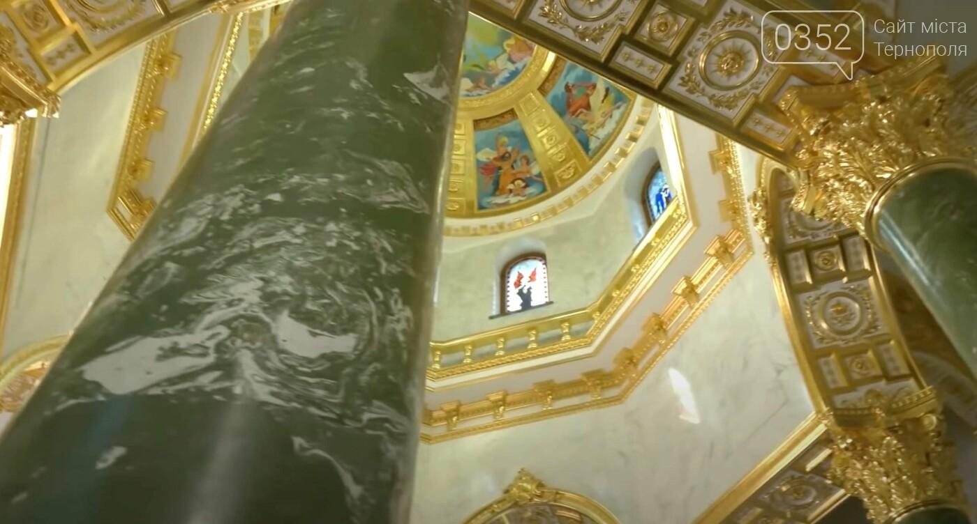 Кращий, ніж у Наполеона: аграрій побудував собі мармурово-золотий мавзолей (ФОТО), фото-3