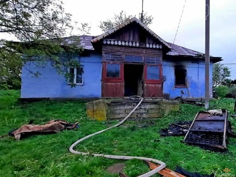 На Тернопільщині на згарищі виявили тіло чоловіка (ФОТО), фото-1
