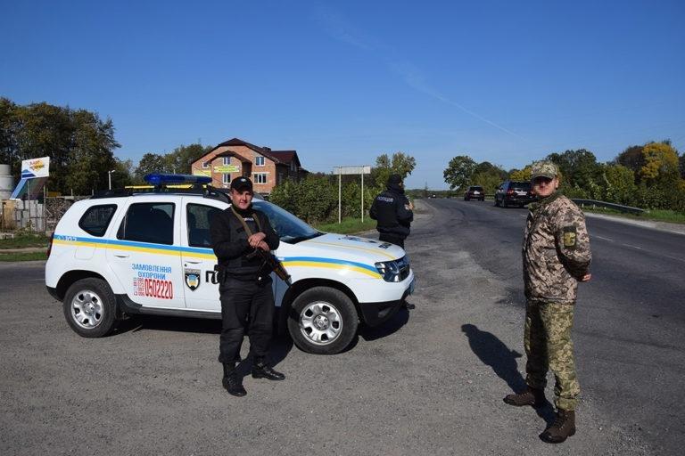 Штурм та звільнення заручників: на Тернопільщині відбулись масштабні антитерористичні навчання (ФОТО), фото-1