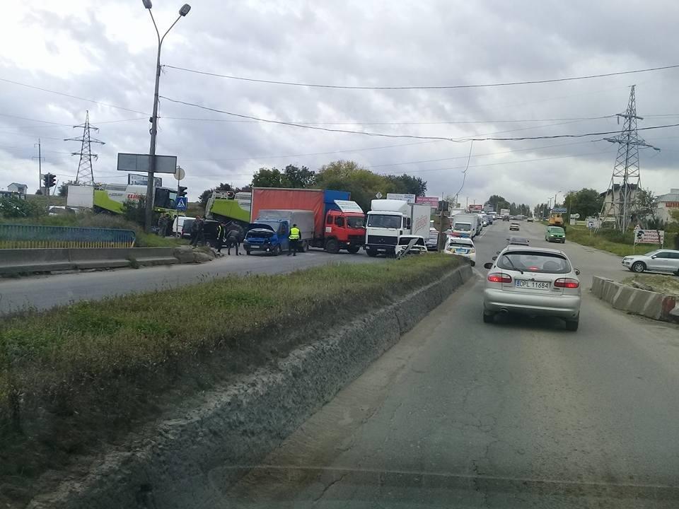 У Тернополі сталась масштабна ДТП (ФОТО), фото-2