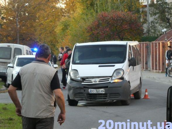 Неподалік податкової п'яний водій скоїв потрійну ДТП (фото), фото-3