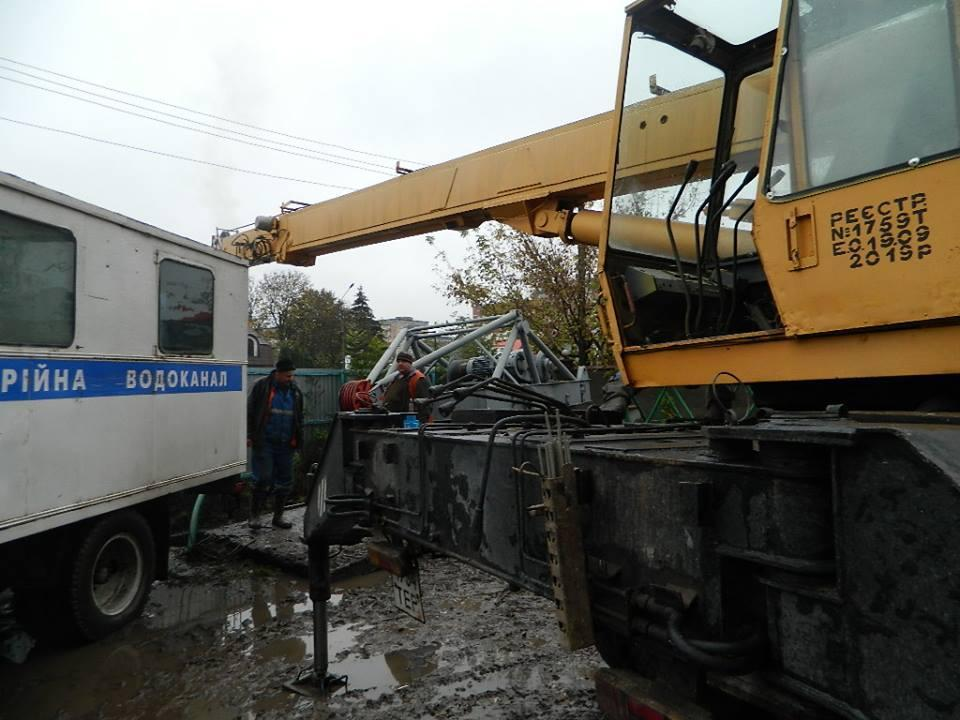 Що відбувається у Тернополі, коли водоканал промиває мережі? (фото), фото-7