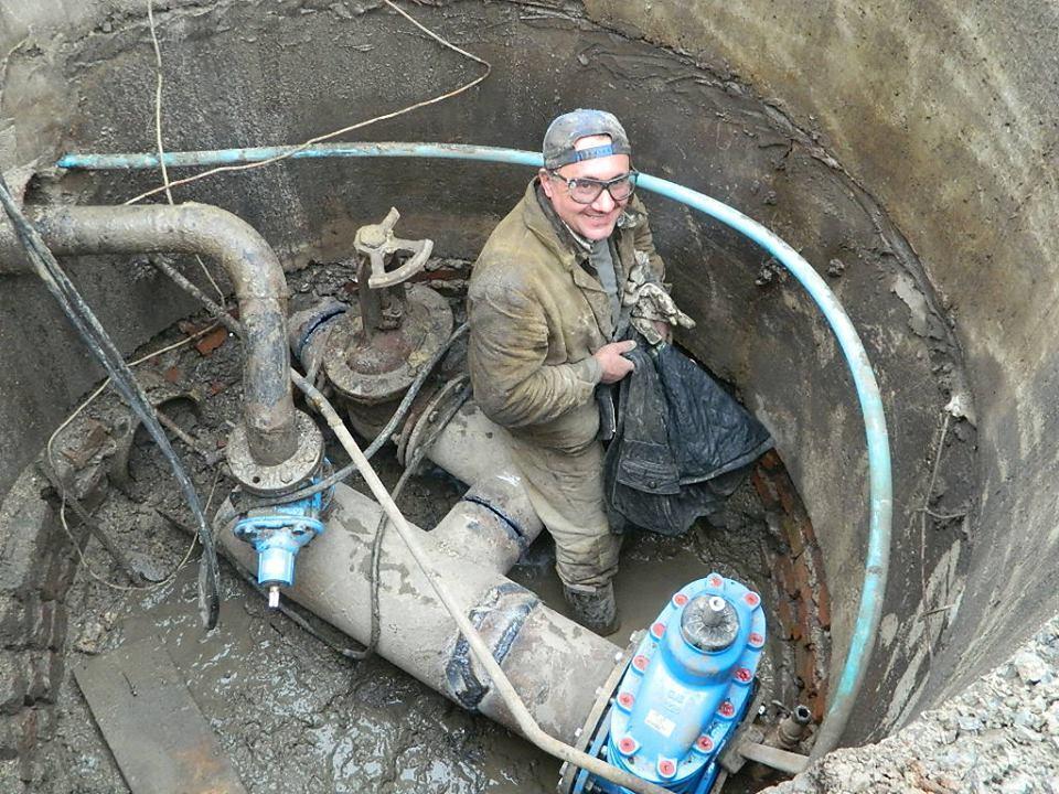 Що відбувається у Тернополі, коли водоканал промиває мережі? (фото), фото-3