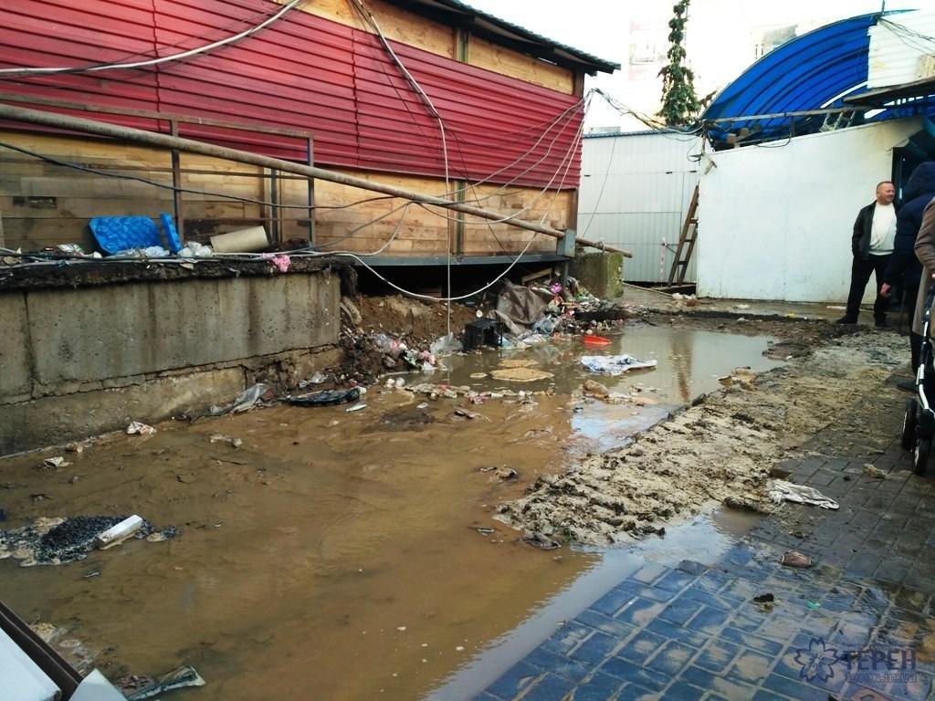 Ринок на вул.Київській у Тернополі затопило (фото), фото-1