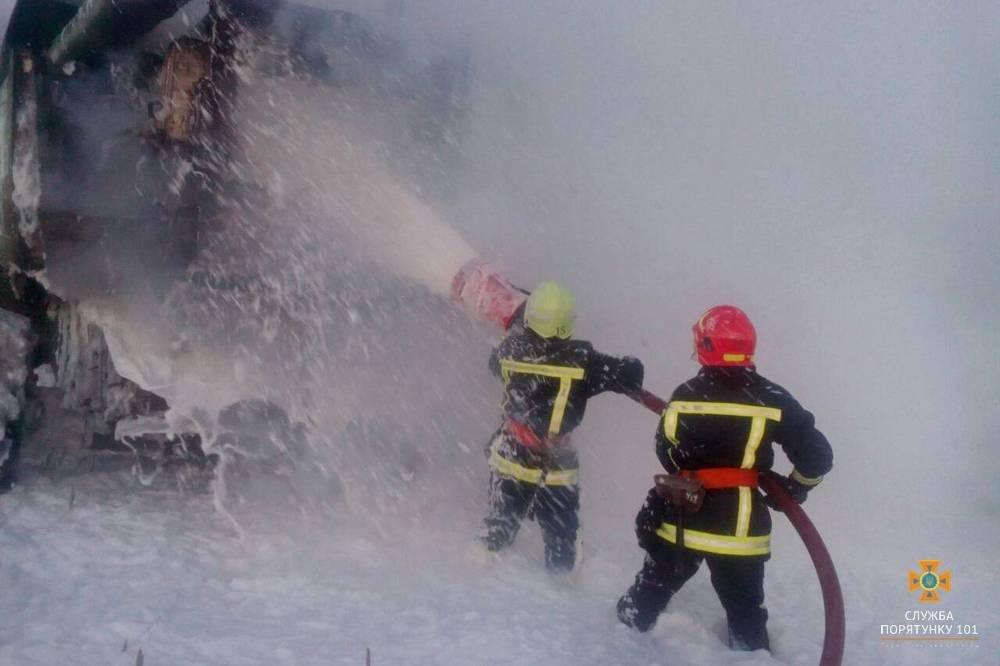 На Тернопільщині згорів комбайн (фото) , фото-3