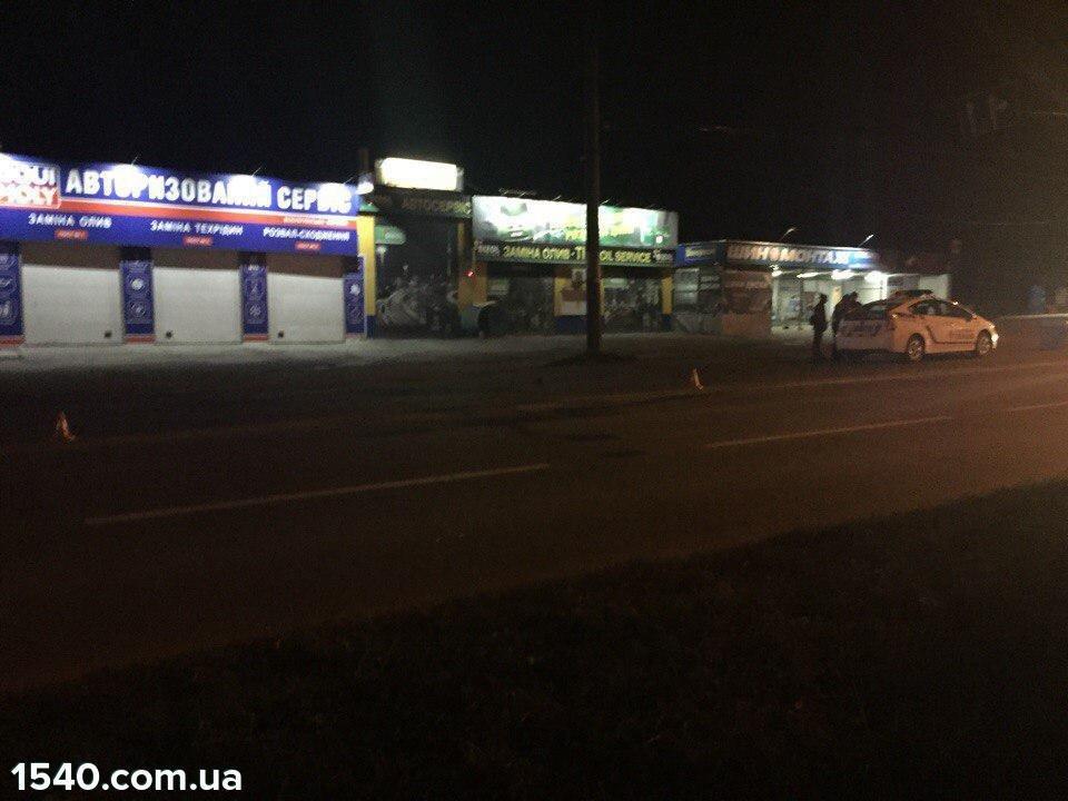 У Тернополі на Східному масиві сталася смертельна ДТП (фото), фото-3