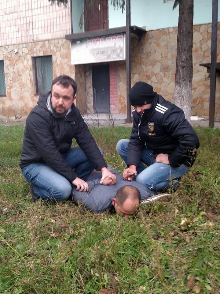 """Тернопільський депутат випадково допоміг """"пов'язати"""" крадія (фото), фото-3"""