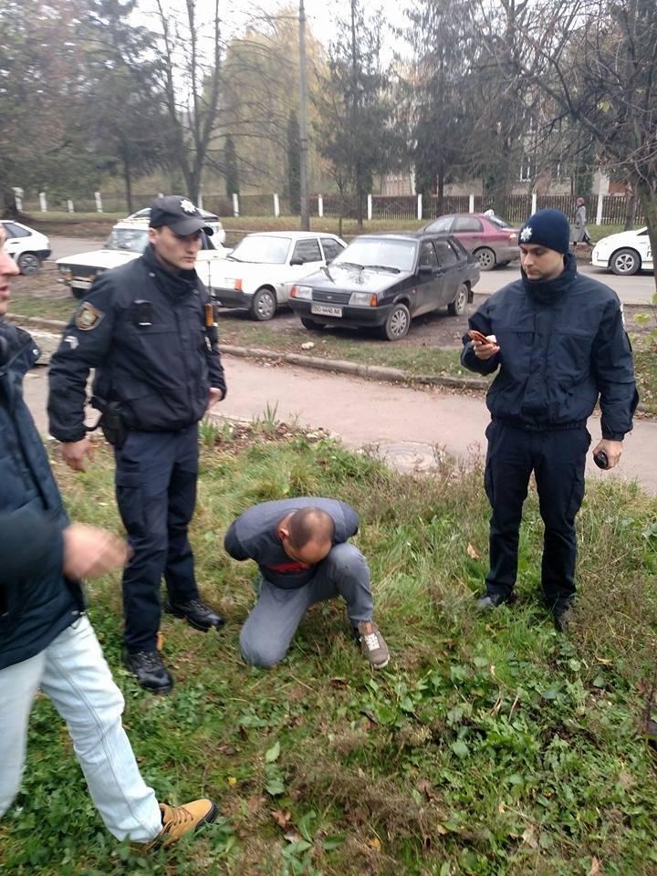 """Тернопільський депутат випадково допоміг """"пов'язати"""" крадія (фото), фото-2"""