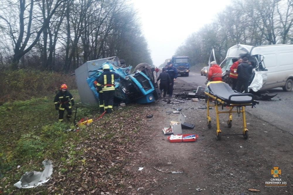На Тернопільщині смертельна ДТП, ще п'ятеро травмовані (фото), фото-1
