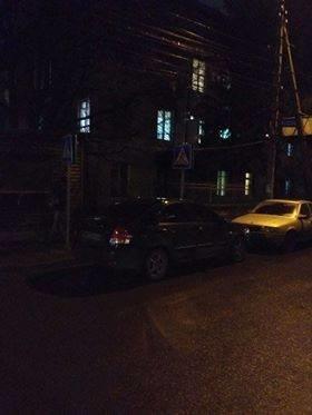 """В Тернополі водій залишив авто просто на """"зебрі"""" (фото), фото-1"""