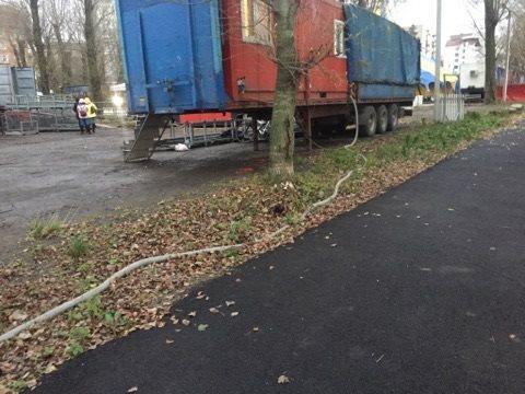 Нечистоти циркачі зливають просто у Тернопільський став (фото), фото-3