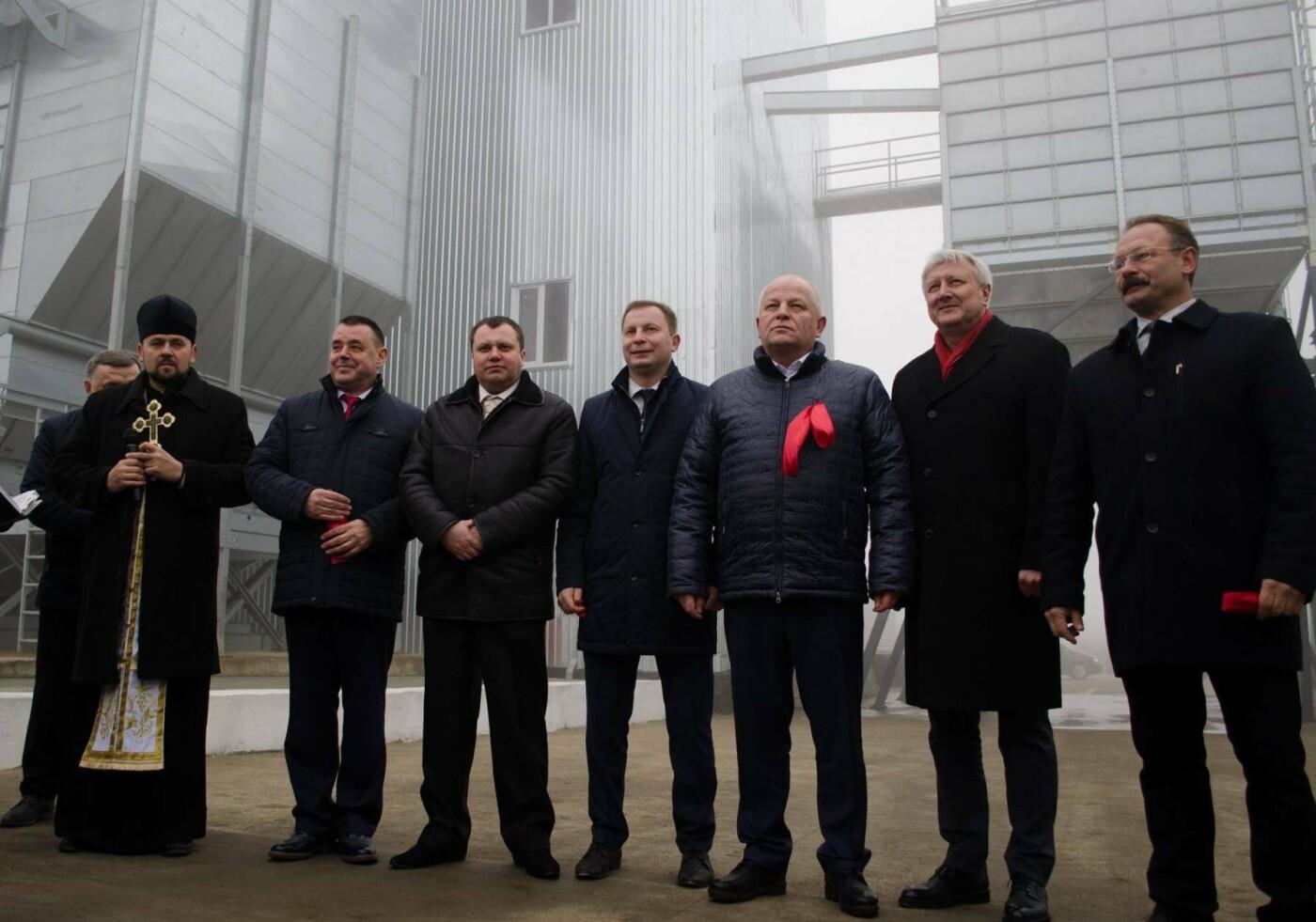 На Тернопільщині відкрили потужний комплекс для зберігання зерна (Фото), фото-4