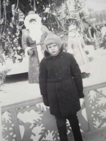 """Без """"хлівів"""", всюдисущого алкоголю та з живою ялинкою: як колись у Тернополі виглядав новорічний центральний майдан (Фото) , фото-2"""