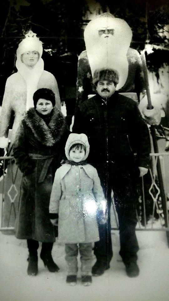 """Без """"хлівів"""", всюдисущого алкоголю та з живою ялинкою: як колись у Тернополі виглядав новорічний центральний майдан (Фото) , фото-7"""