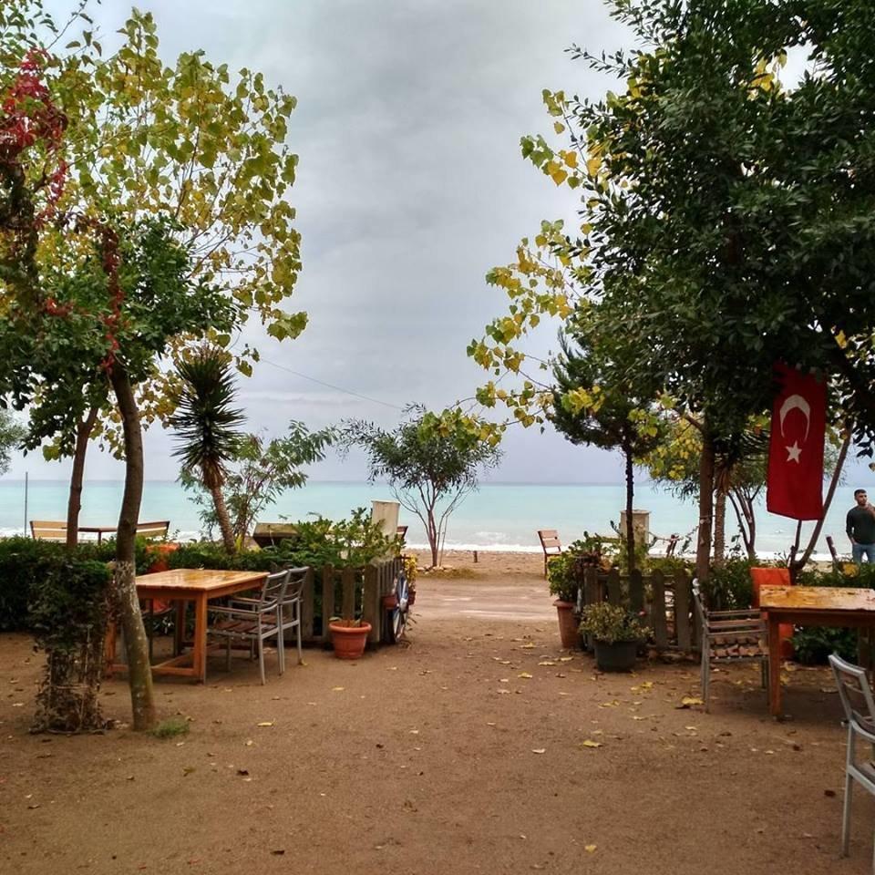 Тернополянин показав, як виглядають пляжі Анталії без туристів (ФОТО), фото-1