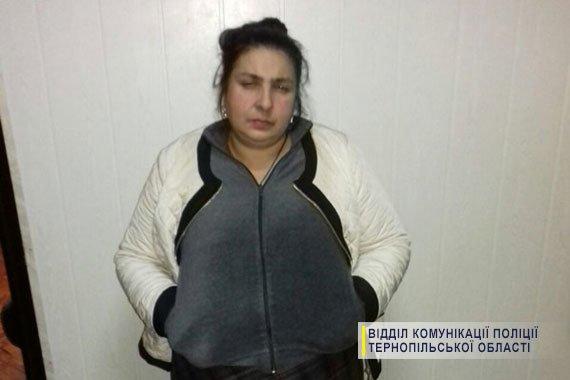На Тернопільщині затримали п'ятьох зловмисниць, які обкрадали людей похилого віку (ФОТО), фото-4