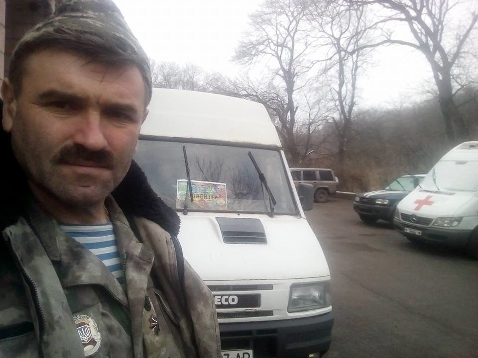 Тернопільські козаки відправили на фронт 5 тонн гуманітарної допомоги та автомобіль (ФОТО), фото-2